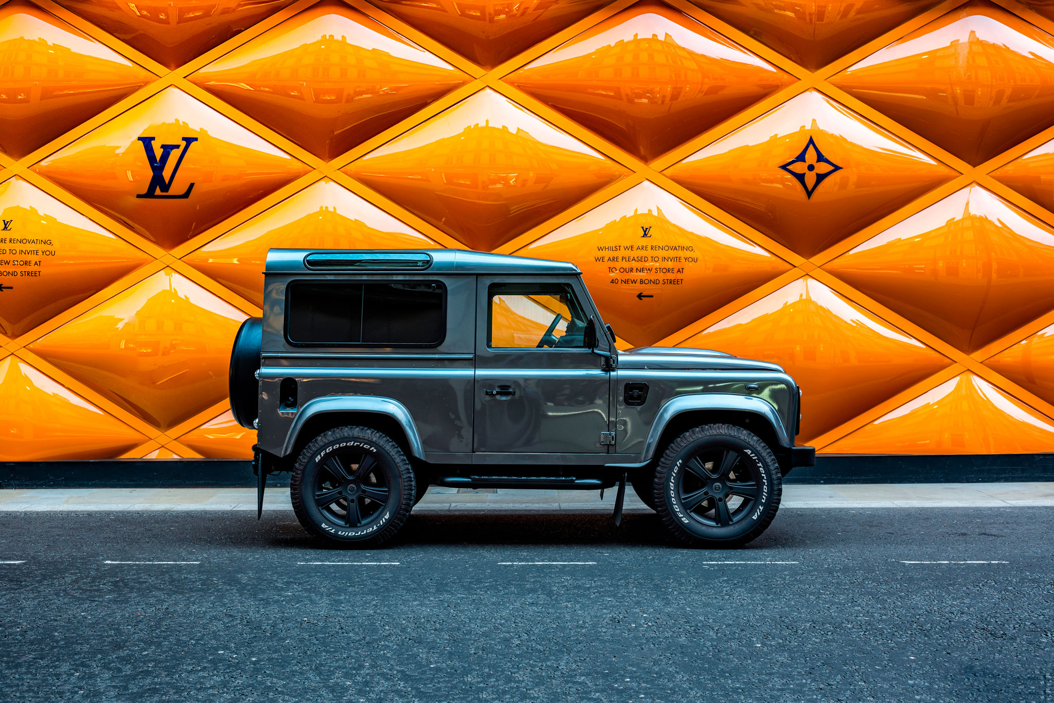 Bespoke Defender outside Louis Vuitton London Photographer DeanWrightAutomotive
