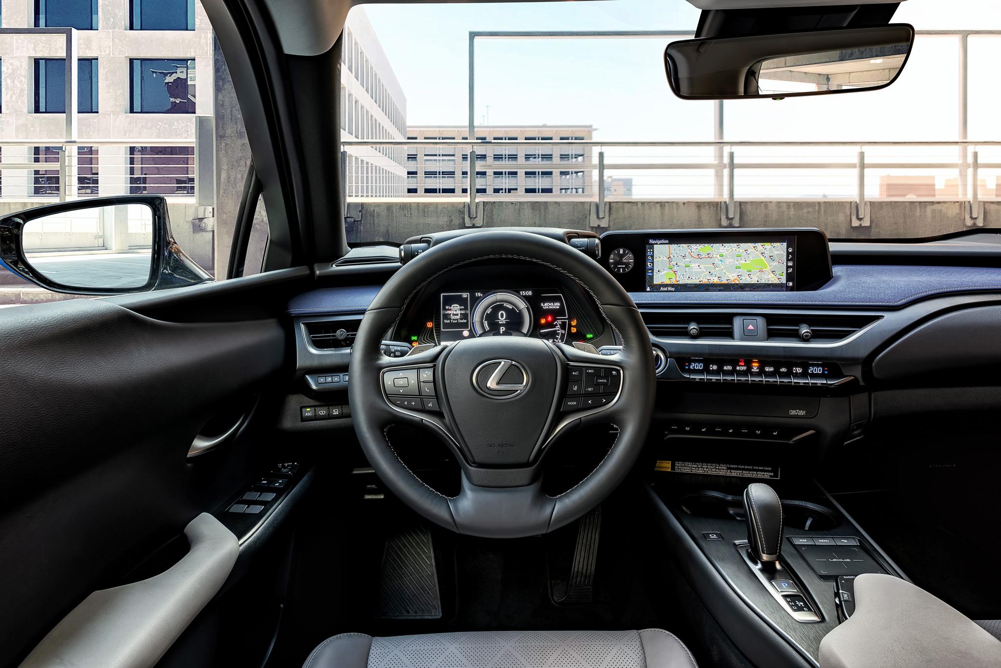 Lexus UX 300e interior