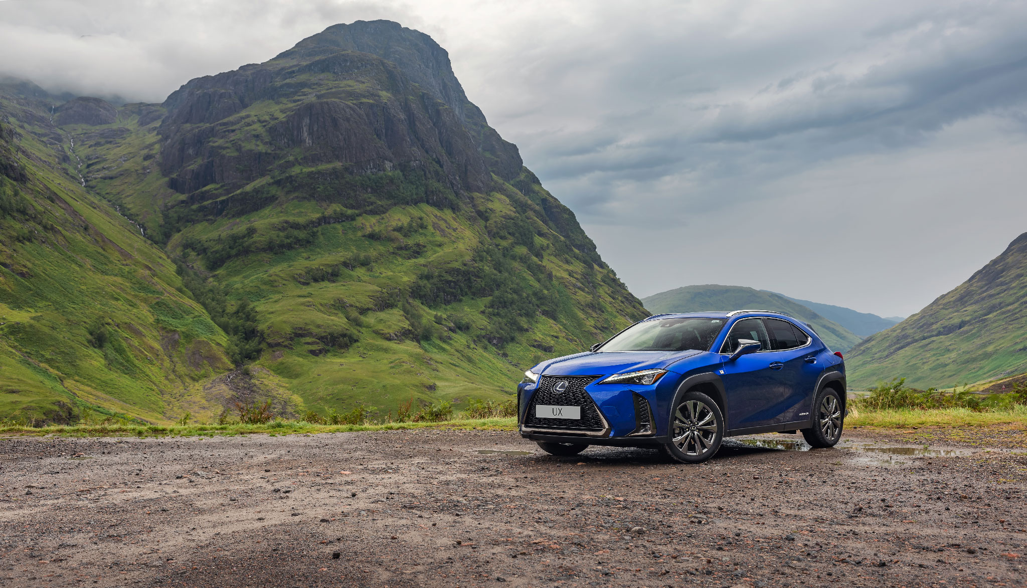 Lexus UX car photography in Scotland Dean Wright Photography
